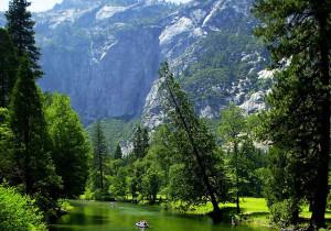 Sierra-Nevada-river